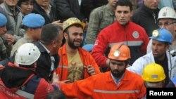Рятувальні роботи на шахті в місті Сома, 14 травня 2014 року