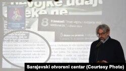 Nenad Veličković na predavanju u Muzeju književnosti i pozorišne umjetnosti BiH, 5. mart 2015.
