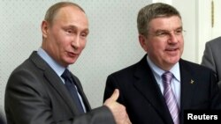 Володимир Путін і Томас Бах