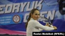 Юлия Путинцева на тренировке в Алматы. 26 октября 2016 года.