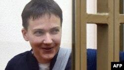 Украинская военнослужащая Надежда Савченко в зале суда. Донецк, 21 марта 2016 года.