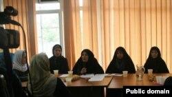 خانواده های زندانیان در کنفرانس خبری روز سه شنبه