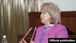 Депутат парламента Ирина Карамушкина.