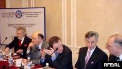 Konstitusiya dəyişikliklərinə dair Bakıda beynəlxalq tədbir, 6 mart 2009