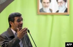Iran -- Mahmud Ahmadinejad, 2 avqust, 2013