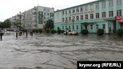 Наслідки зливи в Керчі (архівне фото)