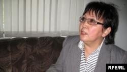 Зейнеткерлер қозғалысының жетекшісі Райхан Әлімбекова. Алматы, 8 қазан, 2008 жыл