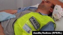 Идрак Аббасов, азербайджанский журналист, в больнице. Баку, 18 апреля 2012 года.
