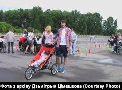 Дзьмітры Цімашкоў з дачкой Ліляй, архіўнае фота
