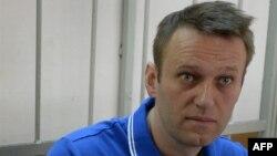 Алексей Навальный на слушаниях в суде
