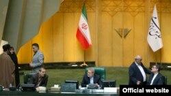 علی لاریجانی در جلسه روز دوشنبه ۲۰ خرداد مجلس