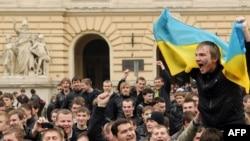 (архівна фотографія) Студентська акція протесту проти Дмитра Табачника, Львів, 20 квітня 2010 року