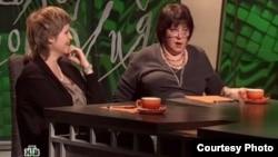 """Ведущие """"Школы злословия"""" Авдотья Смирнова и Татьяна Толстая. Скриншот с сайта НТВ"""