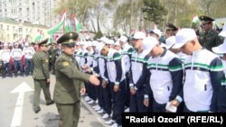 Tajik conscripts are drafted to the army twice a year. (file photo)