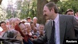 Аляксандар Лукашэнка падчас выбарчай кампаніі 1994 года.