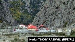 Верхний Ларс, пограничный пропускной пункт на российско-грузинской границе