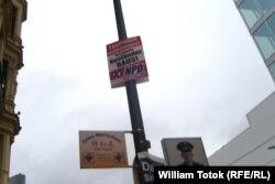 Poster electoral și xenofob al NPD la Berlin