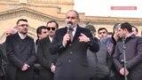 Ermənistanda ordu ilə hökumətin qarşıdurması - Bir yanda Baş nazir Paşinyanın, bir yanda müxalifətin aksiyaları gedir
