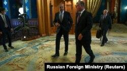 ԱՄՆ պետքարտուղարի տեղակալ Սթիվեն Բիգանը Մոսկվայում հանդիպում է Ռուսաստանի ԱԳ նախարար Սերգեյ Լավրովի հետ, 25-ը օգոստոսի, 2020թ.