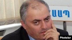 Armenia - Armen Alaverdian, deputy head of the State Revenue Commitee.