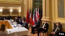 مذاکرات به خاطر احیای توافقنامۀ هستهای سال ۲۰۱۵ میلادی، بین ایران و قدرتهای بزرگ جهان در شهر ویانا.