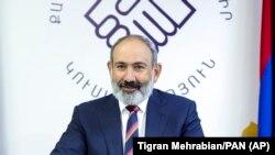 نیکول پاشینیان که از سوی رئیس جمهور ارمنستان به حیث صدراعظم آنکشور گماشته است.