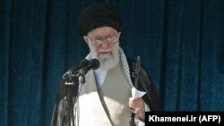 Ирандын жогорку лидери аятолла Али Хаменеи.