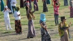 Türkmenistanda ýöriteleşdirilen mekdepleriň tölegli ediljekdigi aýdylýar