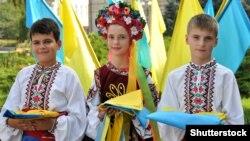 38,1% українців хотіли б дивитися телевізійні програми українською мовою