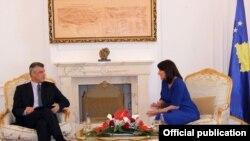 Kryeministri Hashim Thaçi në takim me presidenten Jahjaga