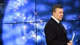 Виктор Янукович Мәскеуде баспасөз мәслихатын өткізген сәт. 2 наурыз 2018 жыл.