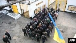 Ранкова Свобода | Що ж робити із «законом Савченко» – скасувати, змінити чи залишити як є?