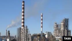 Нефтеперабатывающий завод в Мозыре, Белоруссия