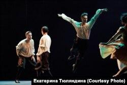 """Балет """"Танцы со временем"""", хореограф - Клаус Абромайт"""