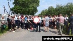 31 траўня работнікі птушкафабрыкі выклікалі да сябе экс-кандыдата Тацьцяну Караткевіч, бо на выбарах «галасавалі за яе»