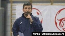 Кыргызстандын Футбол федерациясынын башкы катчысынын орун басарынын милдетин аткаруучу Нурдин Букуев.