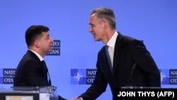 Генеральний секретар НАТО Єнс Столтенберґ зустрівся з президентом України Володимиром Зеленським