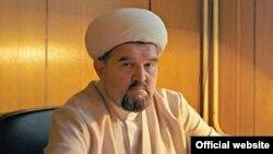 Имам московской мечети «Ярдям» Махмуд Велитов.