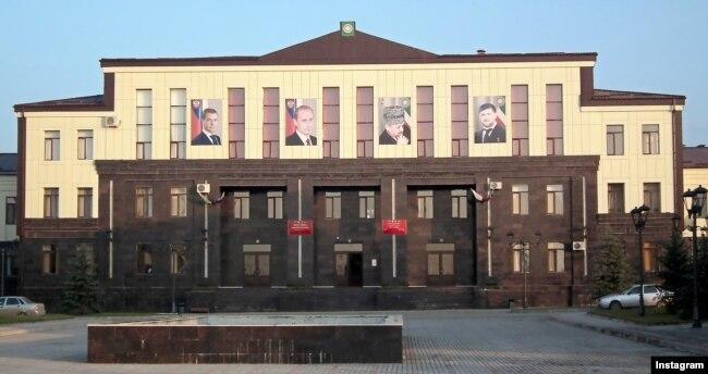 Здание администрации Курчалоя