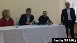 Сулдан: Миләүшә Хәбетдинова, Искәндәр Гыйләҗев, Мансур Гыйләҗев, Азат Әхтәриев