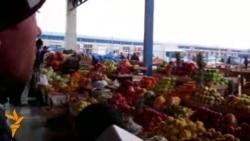 Meyvə-tərəvəz bazarından reportaj