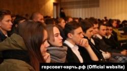 Студенты в Крыму. Архивное фото