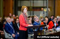 Заступник міністра закордонних справ України з питань європейської інтеграції Олена Зеркаль виступає в Міжнародному суді ООН. Гаага, 4 червня 2019 року