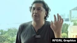 Режиссер Бахтиер Худойназаров.