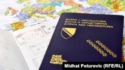 Bosna i Hercegovina ima potpisane sporazume o ekstradiciji s više od 50 država svijeta. Neke je naslijedila još iz doba Kraljevine Jugoslavije.