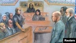 """Джеймс """"Уайти"""" Балджер слушает вердикт суда"""