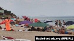 Пляж в Мелекіному
