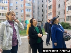 Наталия Евдокимова (в центре)