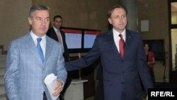 Lideri koalicijskih partnera, DPS-a i SDP-a Milo Đukanović i Ranko Krivokapić, 2010. foto: Savo Prelević