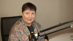 Valentina Ursu în dialog cu deputatul Lilian Carp